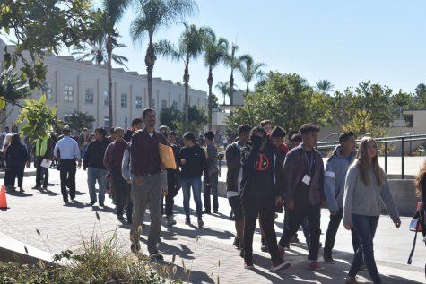 La Asociación de los Maestros Secundarios de Anaheim le brinda apoyo a Tom Umberg