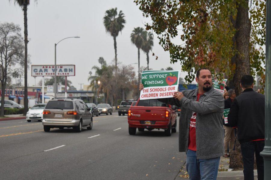 Anaheim High ballplayer fights his way back from cancer to ... |Anaheim High School Fights
