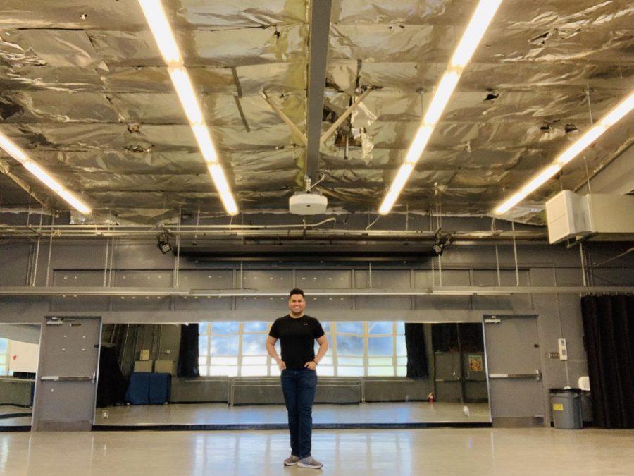 Oscar Gonzalez, el nuevo director de baile de Anaheim High.